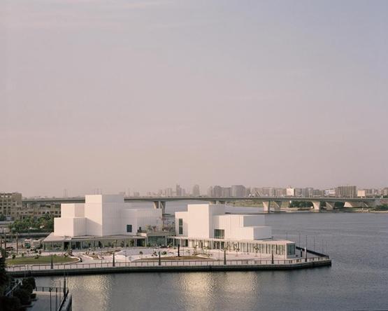 思锐建筑的迪拜艺术中心揭幕