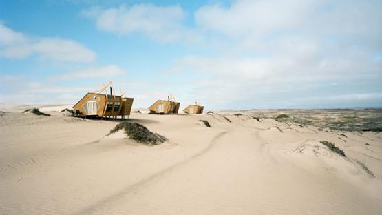 """纳米比亚骷髅海岸出现""""沉船小屋"""""""